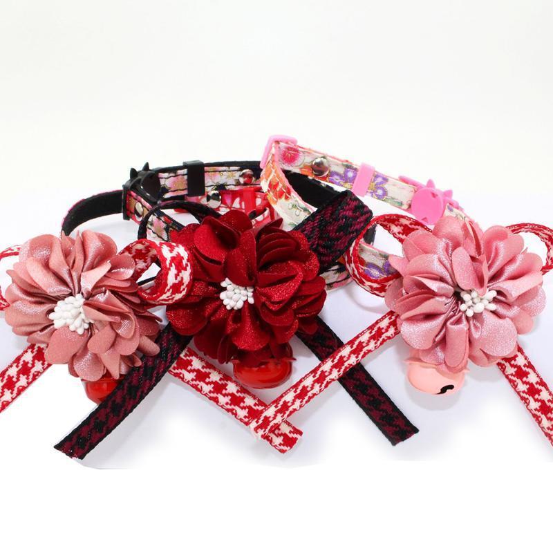 Fashion Flower Print Bowknot PET COLLAR CAT COLLAR CON BELL FEMENINO GATIDO Cuello de cuello Cuello desmontable Mascotas Places de suministro