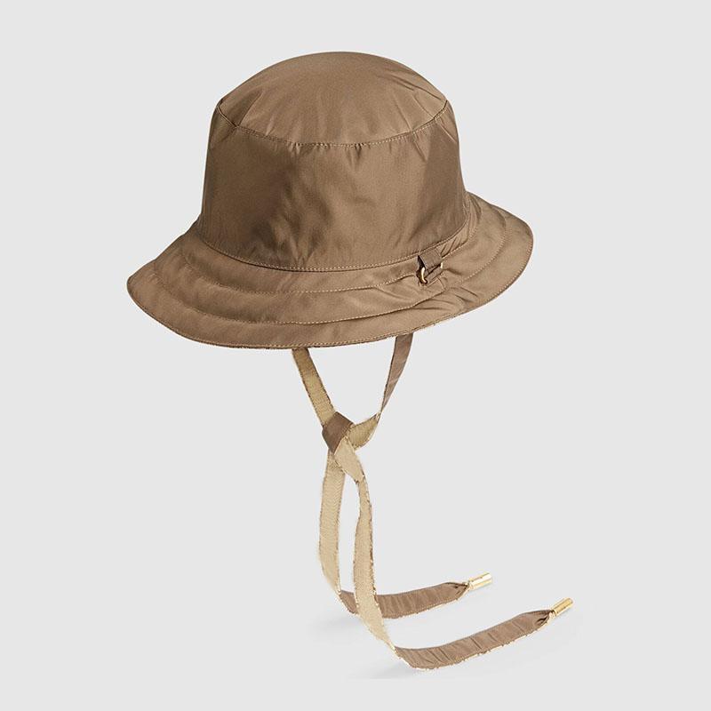 رجل متعدد الألوان عكسه قماش مصمم دلو قبعة مع حزام مصممين أزياء قبعات القبعات المرأة الصيف مجهزة بونيه قبعة basquette