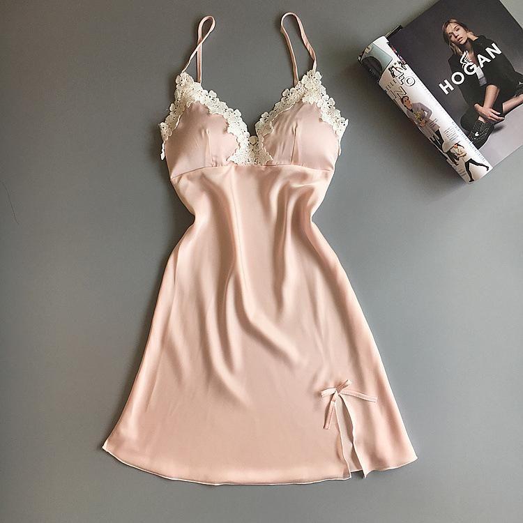 2020 Frauen Sexy Seide Satin Nachthemd Sleeveless Nachthemd V-Ausschnitt Sommer Lace Sexy Seetrigwäsche Gemütliche Sling Wäsche
