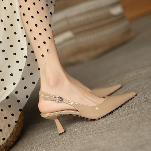 Designer Frauen Sommer Nackte High Heel Schuhe Gnade Lackleder 6 cm Spitze Zehen Simplicity Shallow Mund Mode Dame Sandalen