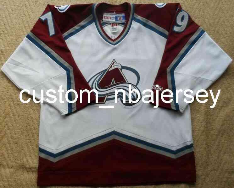 Ricamo Vintage CCM Jersey Colorado Avalanche Hockey Tomo # 79 Jersey da hockey maschile personalizzato Aggiungi qualsiasi nome Numero