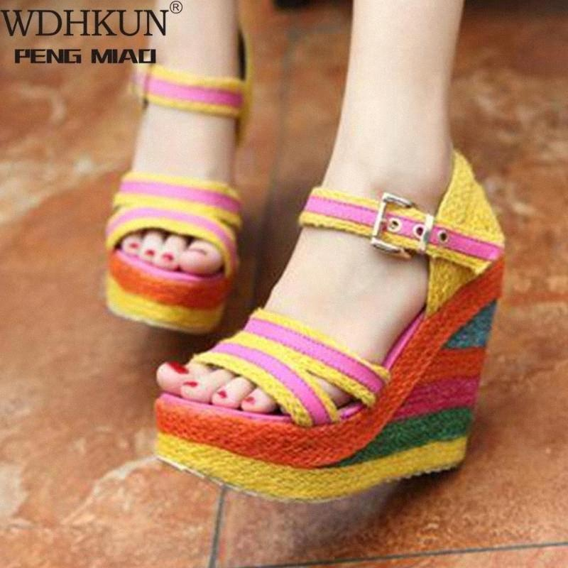 WDHKUN 2020 Sandalias de caña nuevas de moda para mujer coloridas altas sandalias de plataforma Mujeres 2020 Summer High Wedges Zapatos Mujer E4VX #