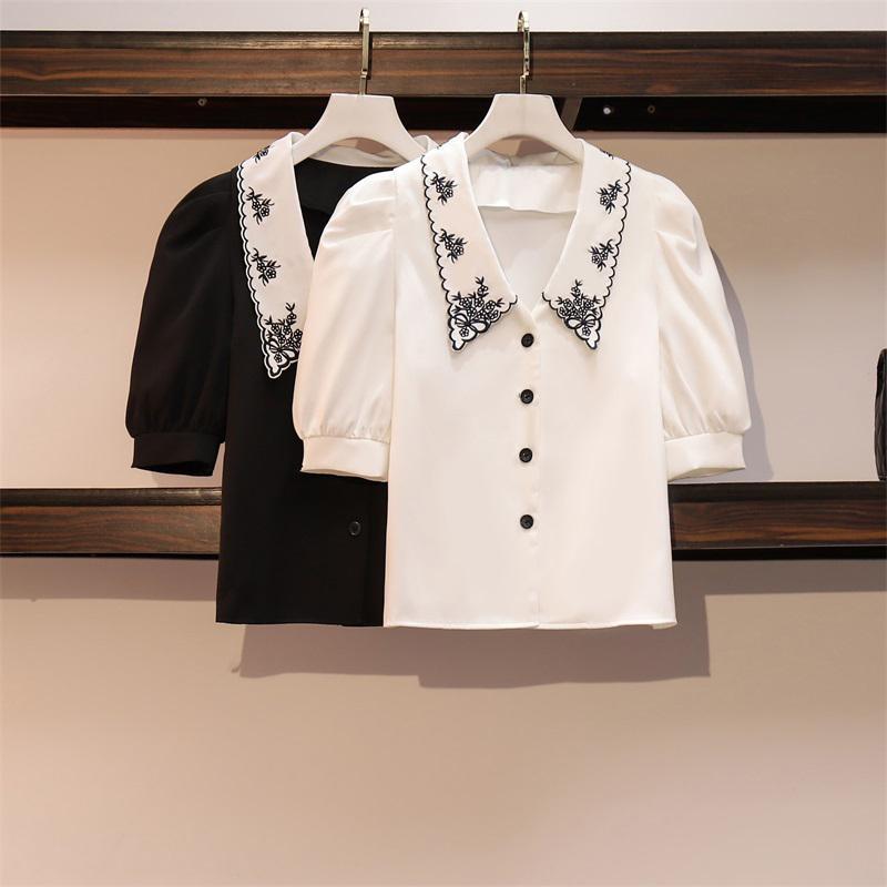 Sommer Koreanische übergroße Blusen Frauen Stickerei Schwarze weiße Bluse Tops Kurzarm Plus Größe 4XL Chiffon Hemd T-Shirts Damenhemden
