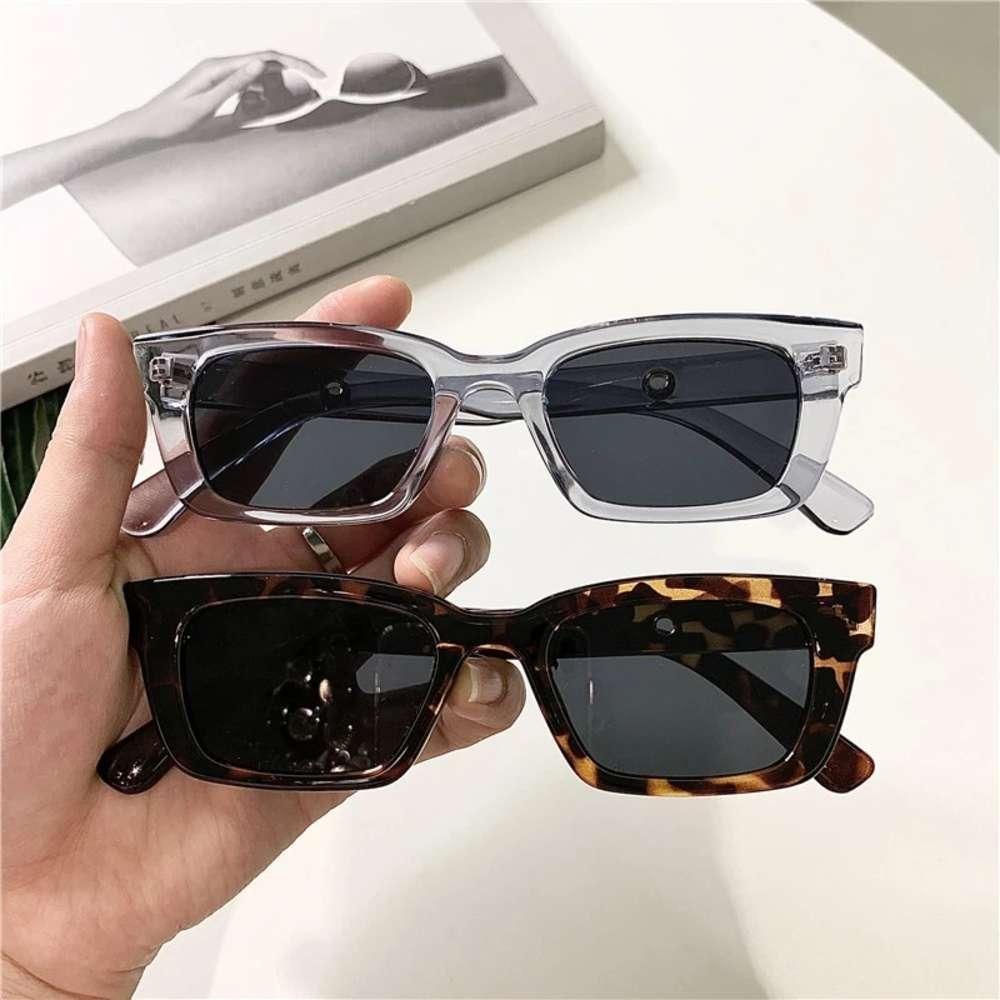 Donne rettangolo Vintage Brand Designer Retro punti Occhiali da sole Occhiali da sole Obiettivo da donna Liquid Cat Eye Driver Glass