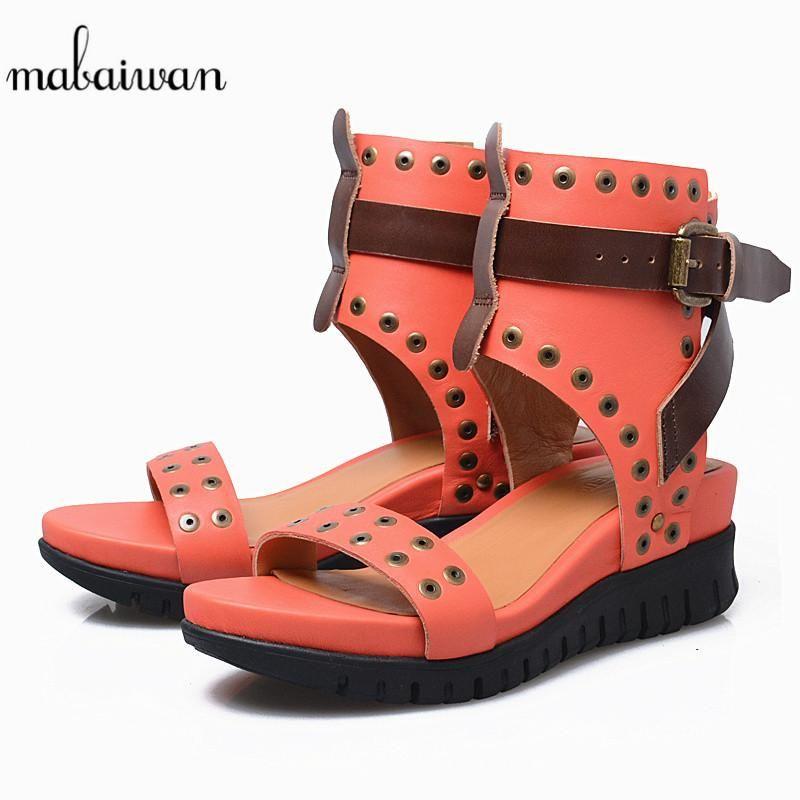 Mabaiwan Kırmızı Kadın Ayakkabı Açık Toe Perçin Yaz Sandalet Rahat Platformu Kama Toka Kadın Gladyatör Nefes Elbise Için
