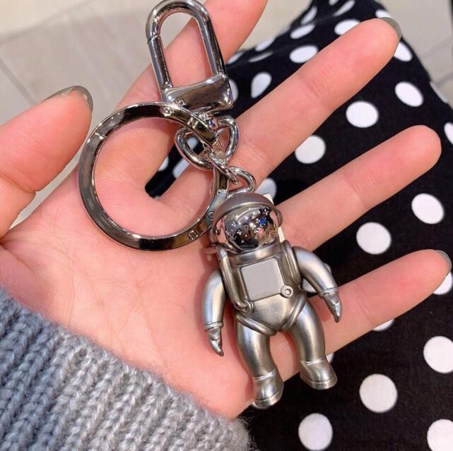 Marke Keychain Männer Frauen Liebhaber Schlüsselanhänger Paris Mode Accessoires Weihnachtsgeschenke Top Qualität Legierung Astronaut Auto Key Dekoration Anhänger Anhänger