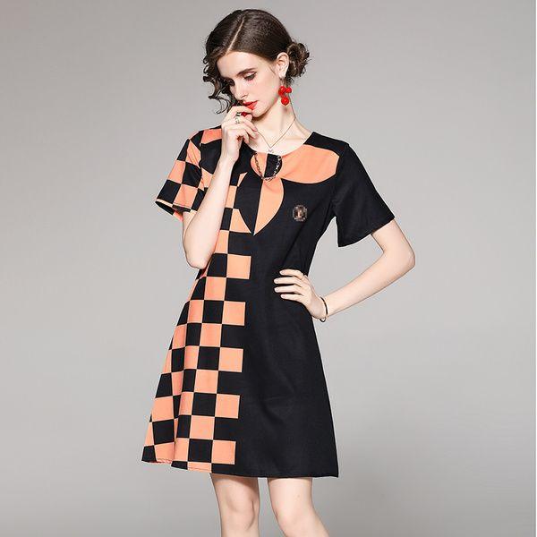 2021 Baskılı Pist Kontrast Renk Mini Elbise Bayanlar Tasarımcı Kısa Kollu O-Boyun Balo Seksi A-Line Elbiseler Yaz Sonbahar Ofis Parti Tatil Kalite Kadın Giysileri
