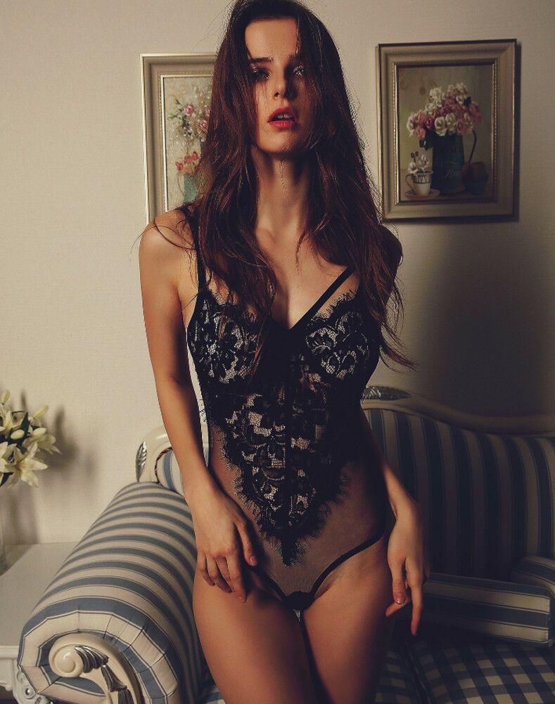Biancheria intima da donna sexy Bra Nightwear Scava fuori G-String Sleepwear Body Body Lingerie Lace Attraente Babydolls Vestiti Plus Size
