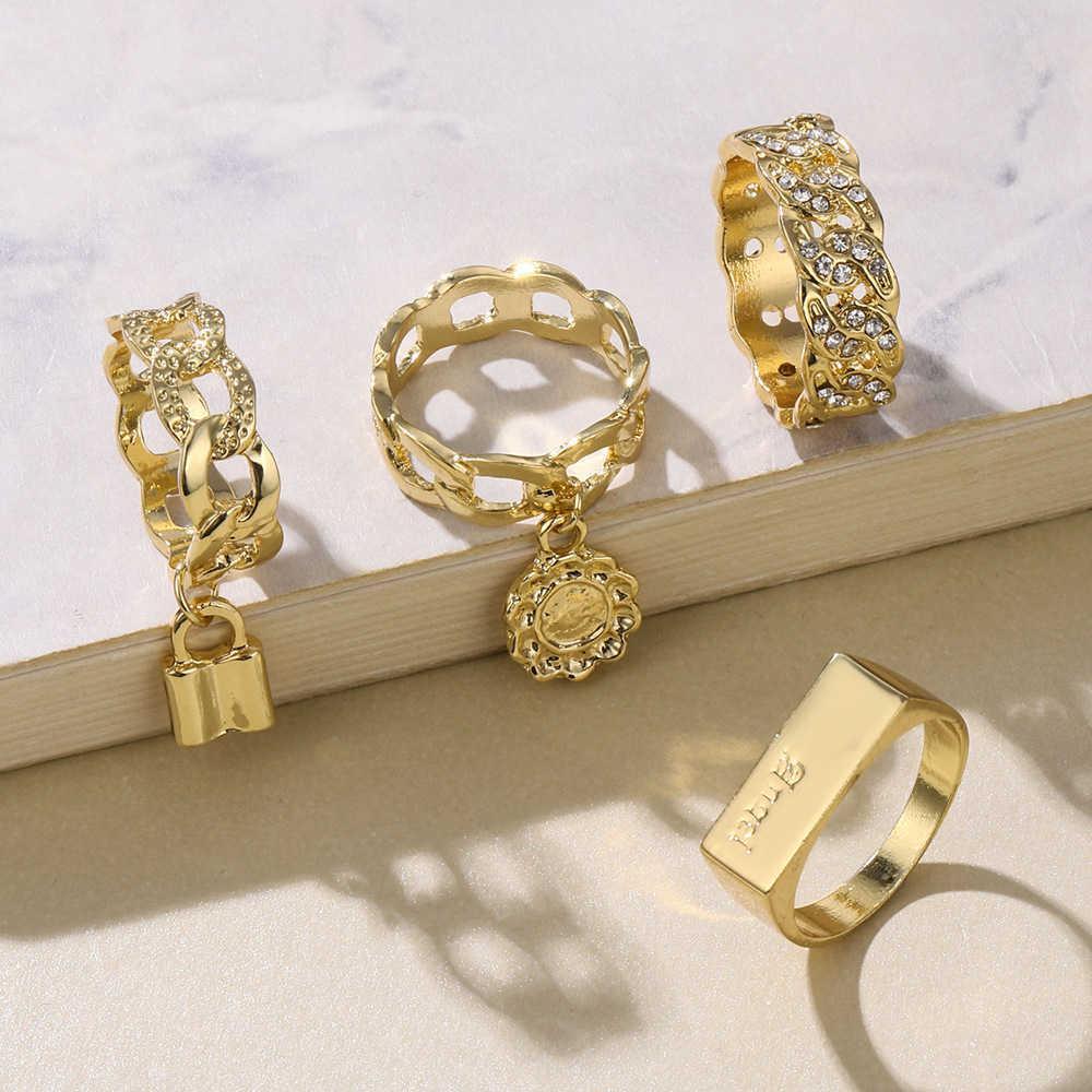 NOUVEAU 4 PCS / SET LOCK LOCK POINE Bagues pour femmes Mariage Bague Or Zircon Cubic Zirconia en pierre Bijoux pour Femmes Ring Q0708