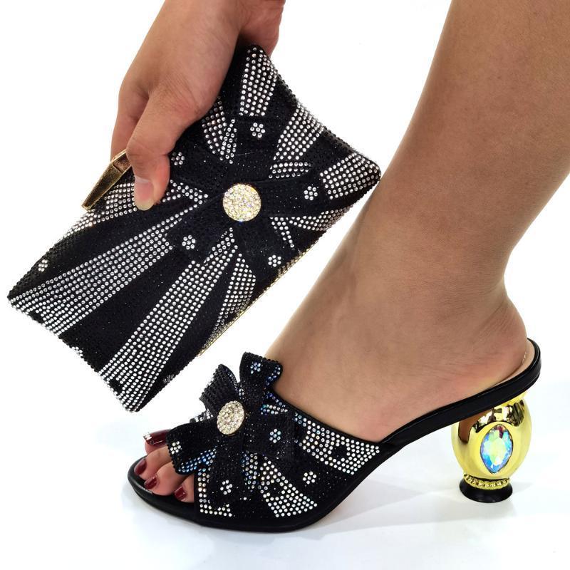 حذاء اللباس الإيطالي تصميم أسود امرأة مضخة مع حقيبة محفظة مجموعة السيدات عالية الكعب النعال الصنادل و حقيبة يد cr129 ارتفاع 8 سنتيمتر