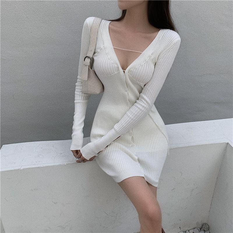 Abito a maniche lunghe a coste a coste knit coreano sexy mini bianco bianco autunno bodycon bodycon con scollo a V viola maglione signore 2021 abiti casual