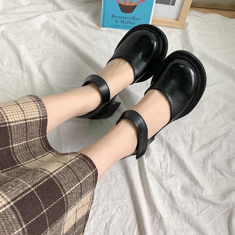 Kleid Schuhe Frauen Niedliche Frau Pumps Koreaner Vintage Niedrige Ferse Frauen Mary Jane Lolita Plattform Heels Zapatos de Mujer