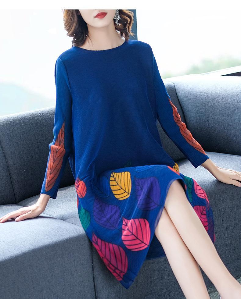 Robe Miyake Fashion à manches longues à manches O-cou de la feuille d'imprimé feuille droite