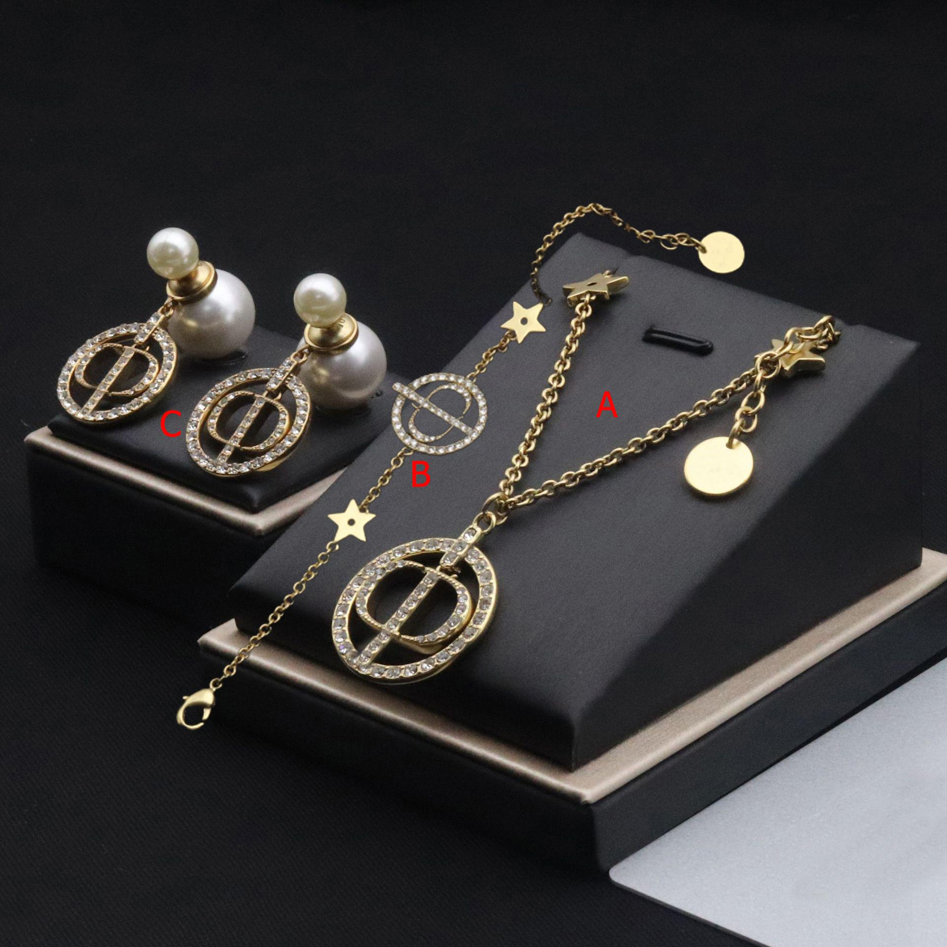 Carta da cadeia incrustada zircon star mulheres luxuosas colar de jóias com pacote