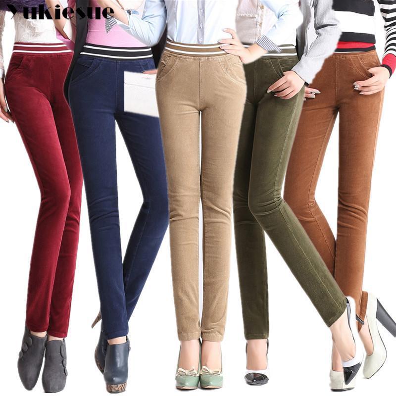 Neue Herbst- und Winterfrauen Corduroy Pants Plus Samthose Weibliche Plus Größe Hohe elastische Taille Gerade Hosen für Frauen 210412