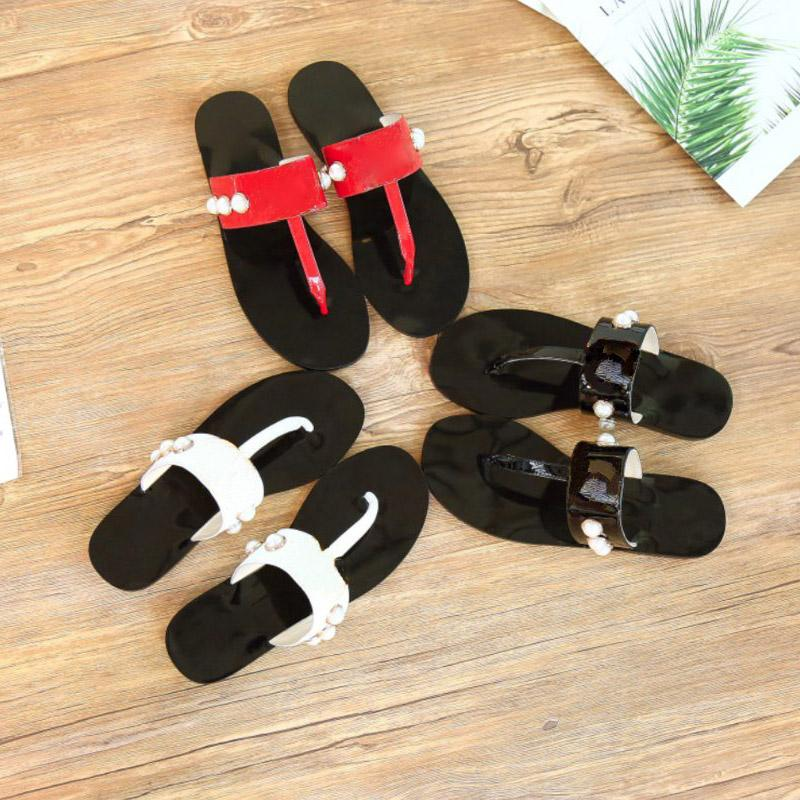 Donne classiche Donne di moda Diapositive piatte Flip Flops Pantofole Pantofole Pearl Top Quality Real Leather Sandals Sandali da donna Silils Womens with Box Dimensione 35-41