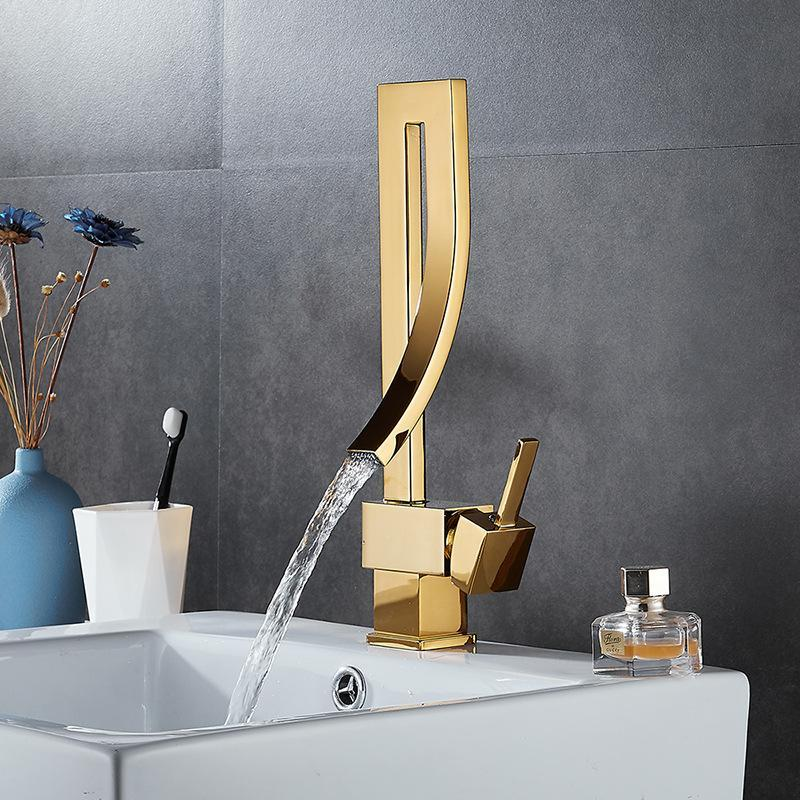 Basin Faucets Gold Brass Faucet Square Bathroom Sink Single Handle Deck Mounted Toilet And Cold Mixer Water Tap