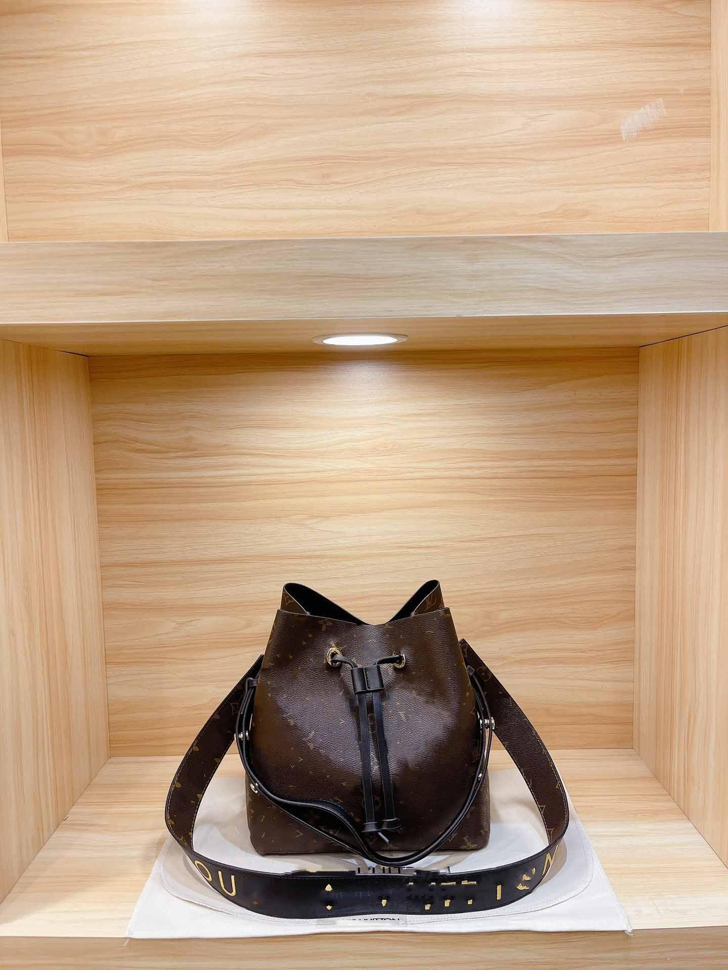 أزياء 5A + حقائب اليد دلو الأصلي ماركة حقيبة يد تصميم النساء جلد الغنم حقيبة الكتف حقيبة حمل محفظة مع الرباط luxe محفظة الفضة سلسلة