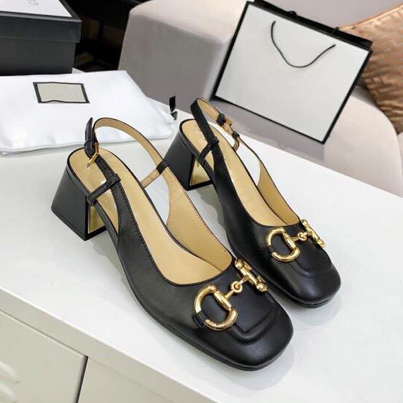 Tasarımcı Zarif Yaz Sandalet Seksi Moda Orta Topuk Metal Düğme Katı Parti Ofis Kare Kafa İngiliz Tarzı Çok Yönlü Bayan Ayakkabıları
