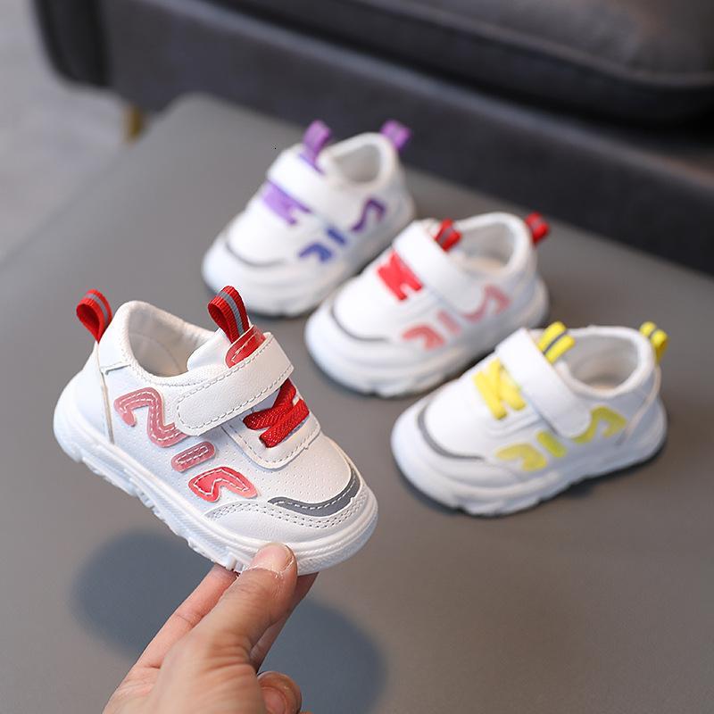 Детские виды спорта 2021 Весна Осень Новая Случайная Белая Мягкая Обувь для прогулок для мальчиков и Девочек в возрасте 0-3