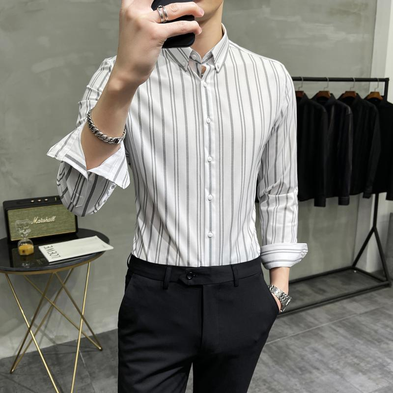 패션 스트라이프 셔츠 남성 비즈니스 캐주얼 셔츠 2021 봄 긴 소매 슬림 맞는 공식 드레스 사회 파티 블라우스 캐미 사 남자