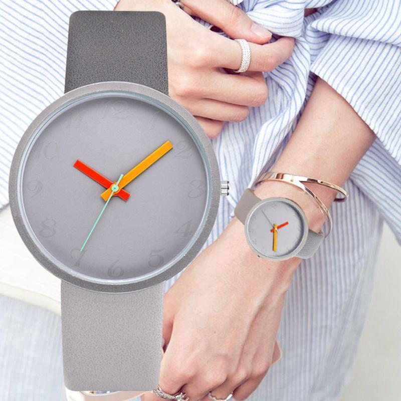 Les femmes unisexes regardent une bracelet en cuir de quartz bracelet en cuir de quartz 2021 mode créatif créatif hommes amants décontractés dames simples horloge montre-bracelet