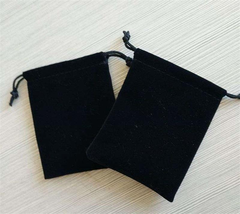 Preto 7 * 9cm Bolsa de jóias de veludo sacos de presente de Natal presente para jóias colar bracelete brinco pano de embalagem Bag68 Q2