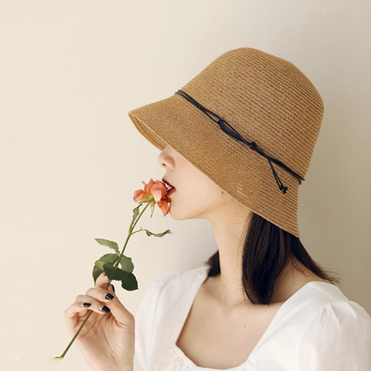 Sombreros de ala ancha para mujer verano Straw Buck Bucket Tamaño Ajustable Caps Diseñador Sun Casual Holiday Beach Flow Flow Fashion