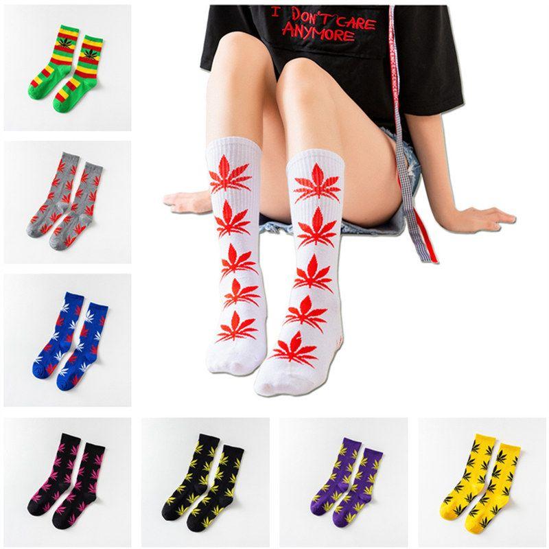 36Colors Maple Leaf Print Socks Men Women Sports Cotton Crew Sock Slippers Christmas Plant Life Mid-calf Socks Autumn Sneaker Stockings Gift