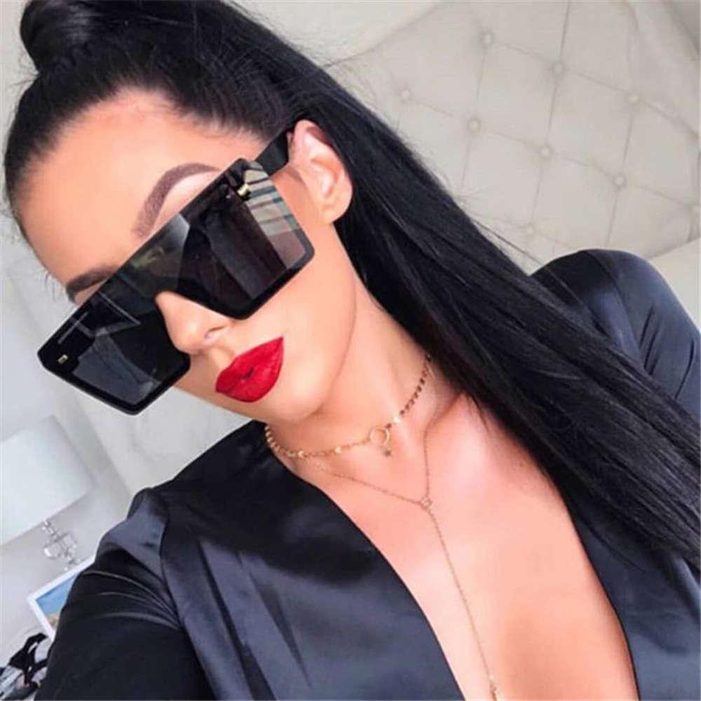 2021 Marchio di lusso Fashion Flat Top Red Black Clear Lens One Piece Uomo GAFAS Shade Specchio Obliquo quadrato Sunglass Donne