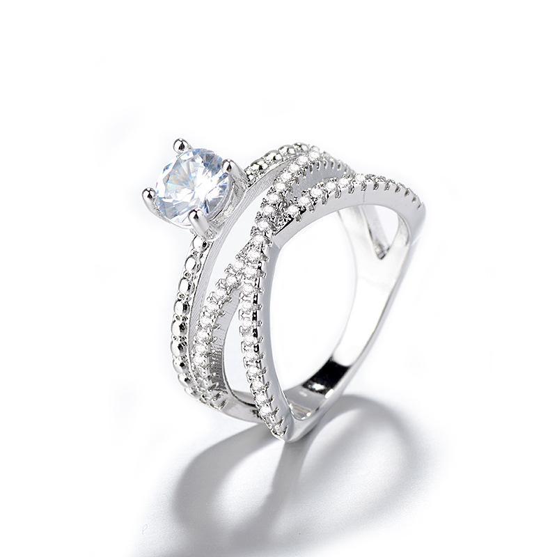 Europäische und amerikanische Mode High-End Zhenrong New Super Flash acht Herzen und acht Pfeile Zirkon mit Diamantring europäisch und amerikanisch
