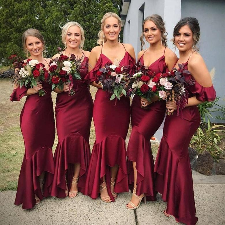 2021 Rustic Country Mermaid Wedding Bridesmaid Dresses Burgundy Spaghetti Straps Backless Prom Party Gowns Hi-lo Off Shoulder Maid Of Honor Guest Dress Boho AL9046