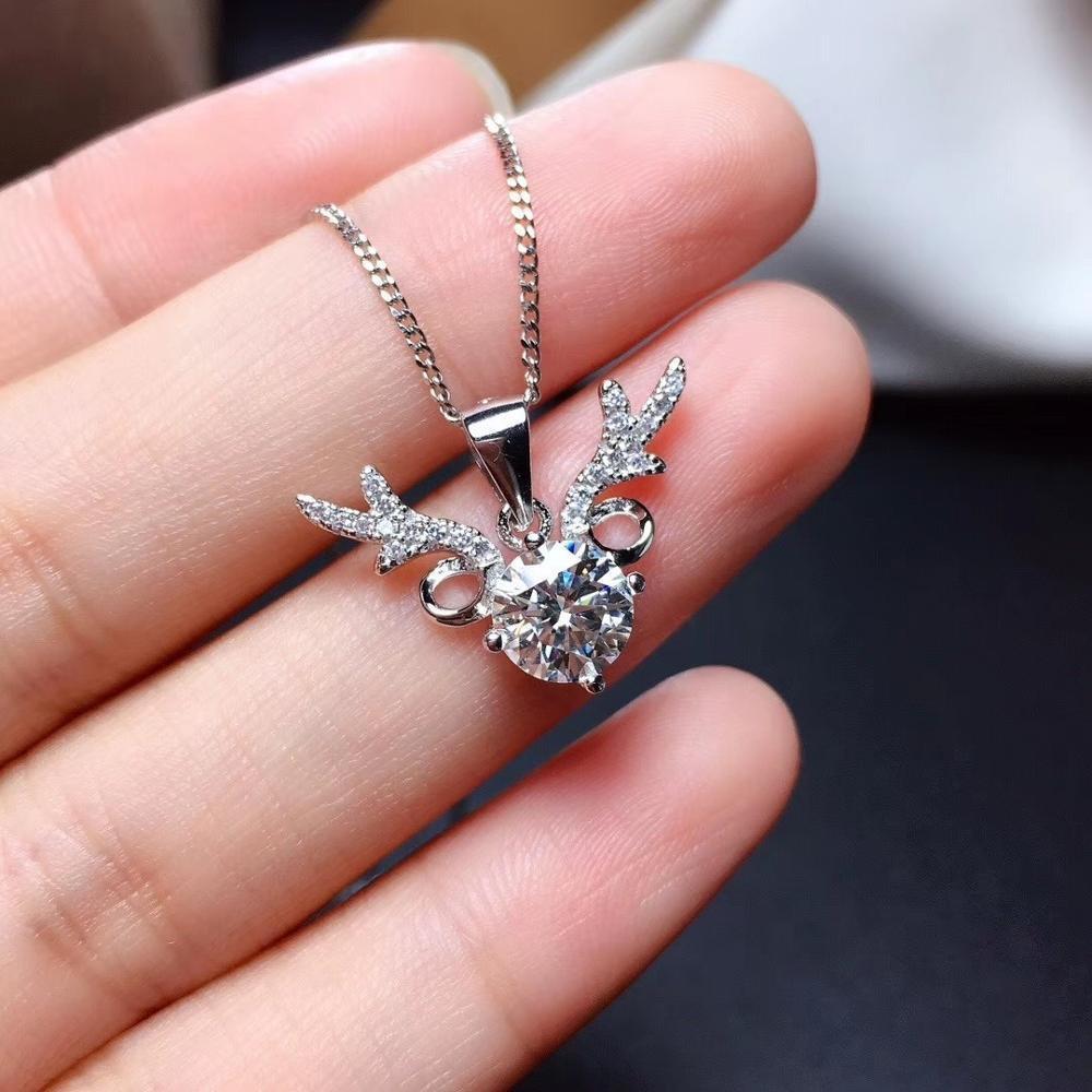 Mode Halsketten 18 Karat Weißgold Überzogene 925 Sterling Silber Hirsch Diamant D Farbe Brilliant Cut 1 CT MOISSANITE Anhänger Halskette Frauen Schmuck