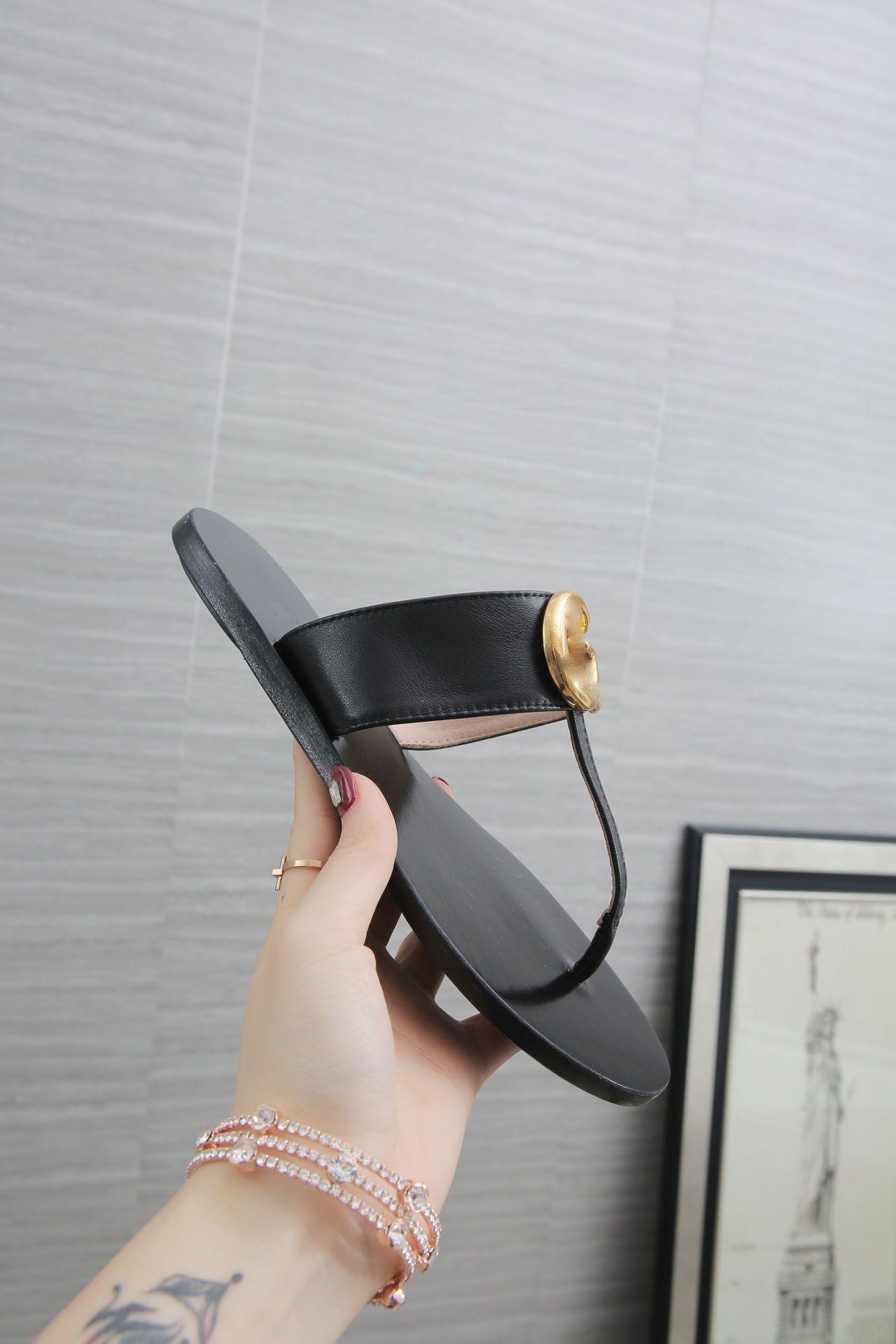 Gucci slippers 2021 zapatillas de mujer zapatos deslizante de moda de verano ancho plano resbaladizo con sandalias gruesas zapatillas flip flop