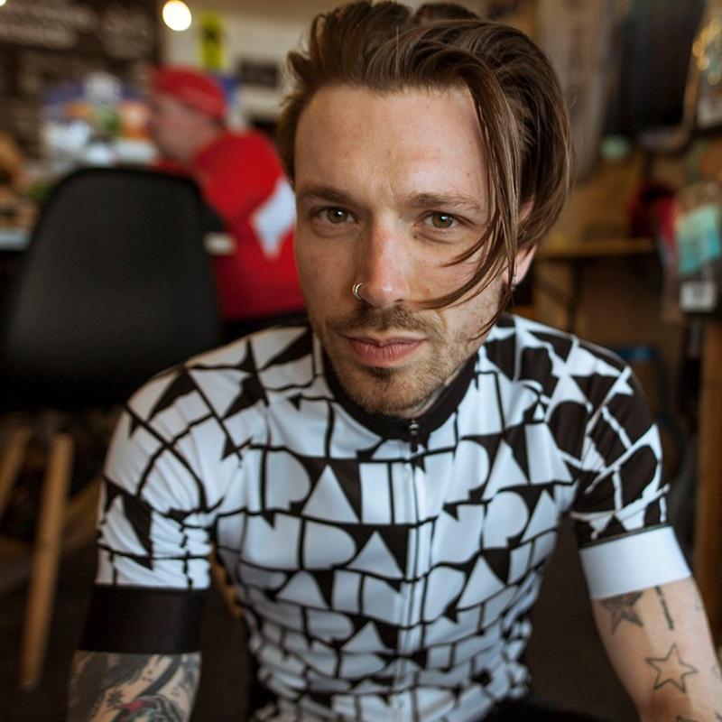 سباق جاكيتات باريا الدراجات جيرسي الرجال 2021 الصيف قصيرة الأكمام دراجة قميص أبيض أسود أعلى جودة الرياضة ارتداء تنفس الدراجة ركوب قمم