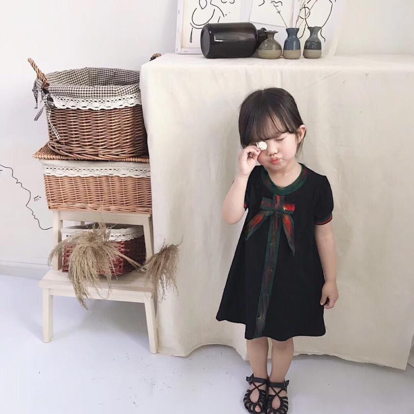 Baby Mädchen Kleid Kinder Weste Kleid Mode Baby Mädchen Bienen Stickerei Streifen Bögen Prinzessin Kleidung Designer Kinder Kleidung