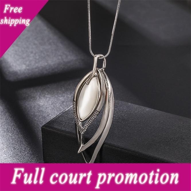 Moda coreana de alta qualidade incrustado diamante diamante multi-camada folha cadeia de camisola