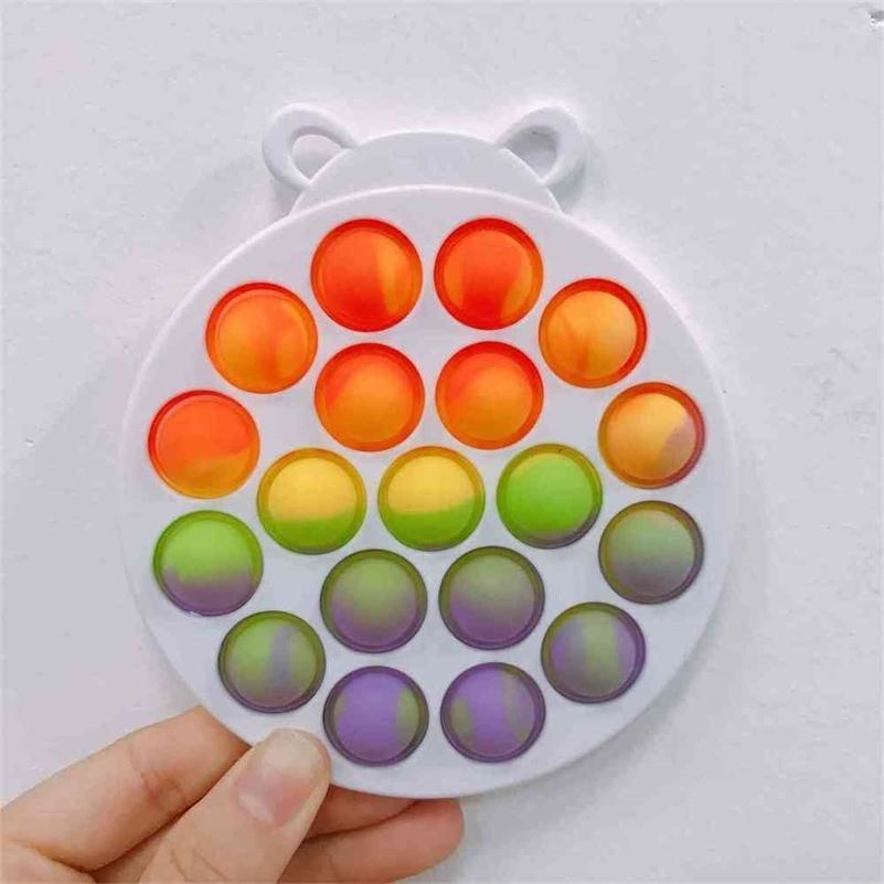 Tie Dye Rainbow Color Push Pop Pop Fidget Bubble Poppers Board Poo Su Puzzle de Dedo Desktop Bear Bear Oso Octopus Multi Formas dedos Empresas de dedos Juego G57R27N