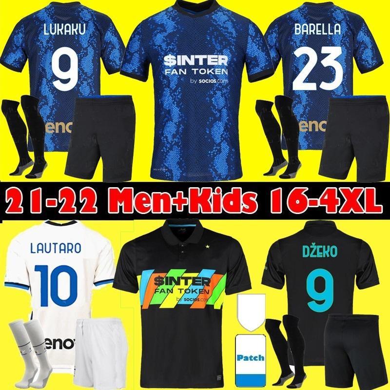 Italia Soccer Jersey 2021 Barella Sensi Insigne 20 21 European Cup Rinascimento Chiellini Bernardeschi Camicie da calcio Uomo + Kid Kit Uniformi