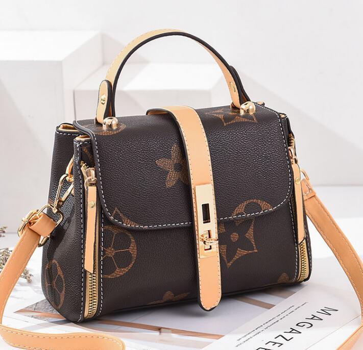 Fashionable one-shoulder cross-body 2021 female bag small CK harbor style retro handbag