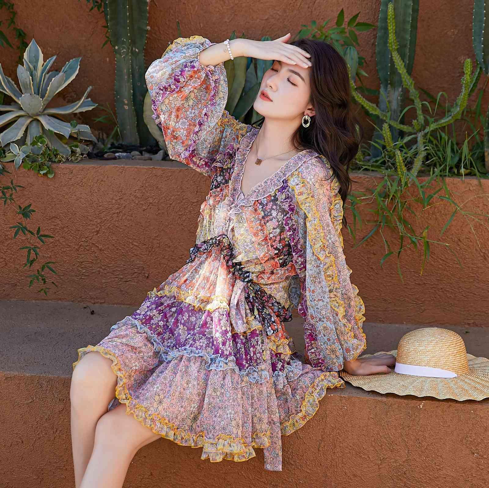 Australia hit color floral stitching lantern sleeve holiday dress ZIM
