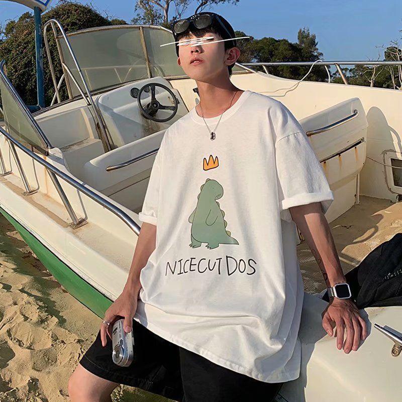 Camiseta de manga corta para hombre lindo dinosaurio impreso grande suelto redondo cuello redondo nuevo 5-manga coreano moda camiseta
