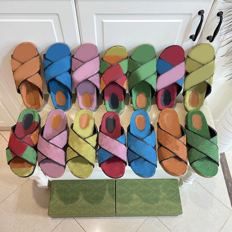 Summer 2021 Uomo Designer di fondo spessore Designer Beach Pantofole da spiaggia Donne Fashion Flat Slides Flip Flops di alta qualità Womens Lussurys Sandali Sandali Sildi Sildi con scatola Dimensione 35-41