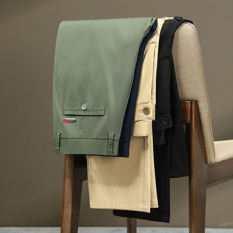 Estilo clásico 2021 verano de verano de verano pantalones casuales de moda verde khaki moda recto stretch stillas masculino marca