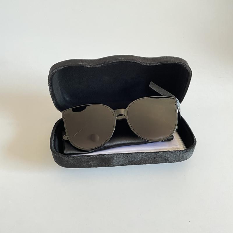 Lunettes de soleil de marque pour femmes UV Protection Designer Lady Sun Lunettes Grandes lunettes de cadre avec boîte