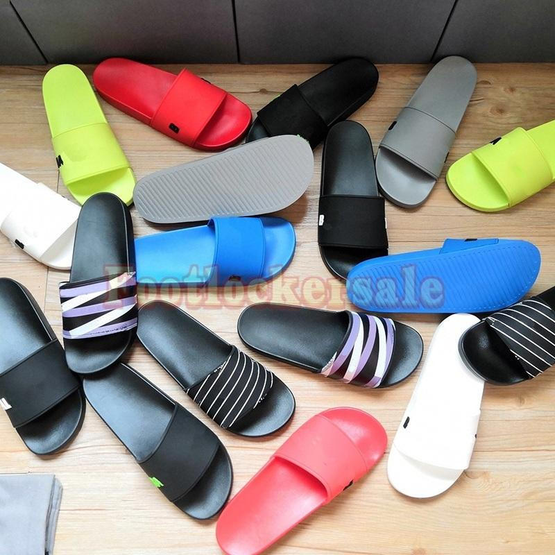 2021 Pantofole Parigi Mens Womens Sandali Sandali Beach Sliders Ladies Flip flops Mocassini Nero Outdoor Home Slides Scarpe Chaussures con scatola Designer di lusso