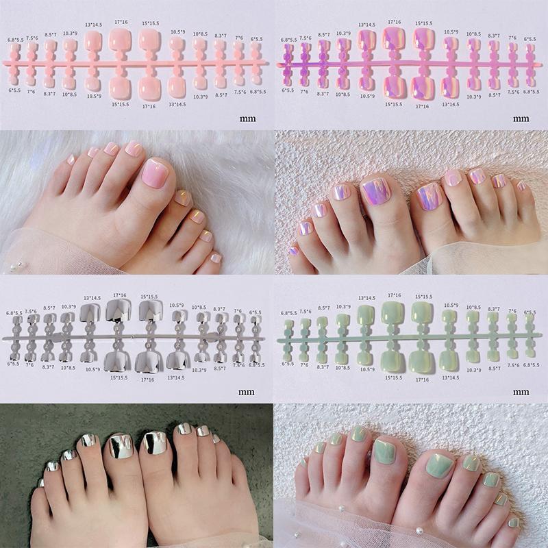 거짓 손톱 24pcs 패션 금속 색상 거울 반짝이 발가락 아크릴 가짜 발톱 섹시 발가락 예술 팁