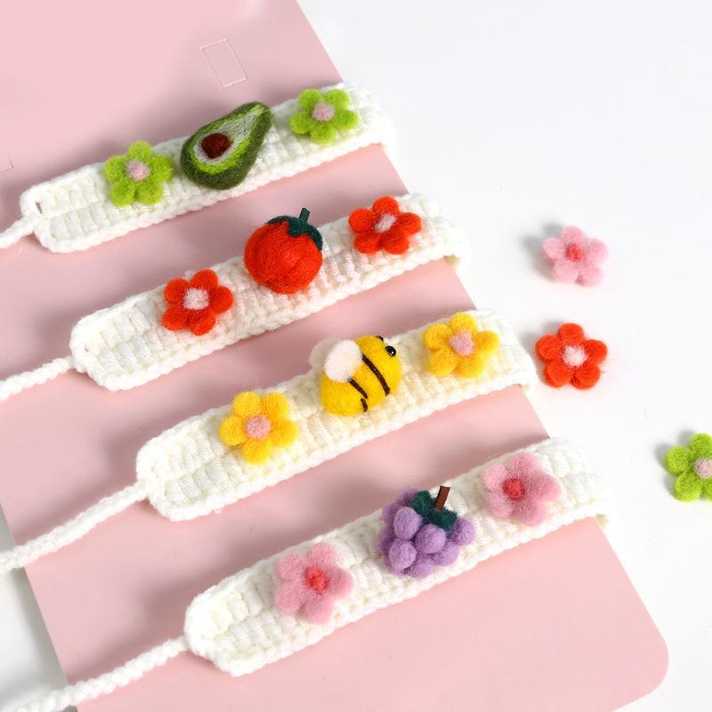 Mascota tejiendo lana fieltro margarita flor abeja calabaza fruta vendaje lindo gato collar