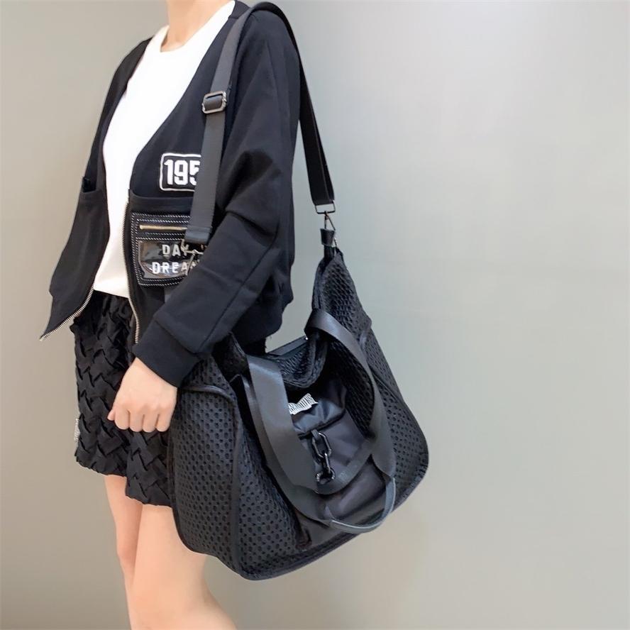 Çanta 320 Toptan Moda Erkekler Kadın Sırt Çantası Seyahat Şık Bookbag Omuz Çantaları Çanta Geri Paketi Yüksek Kız Erkek Okul HBP 40111GG Çanta