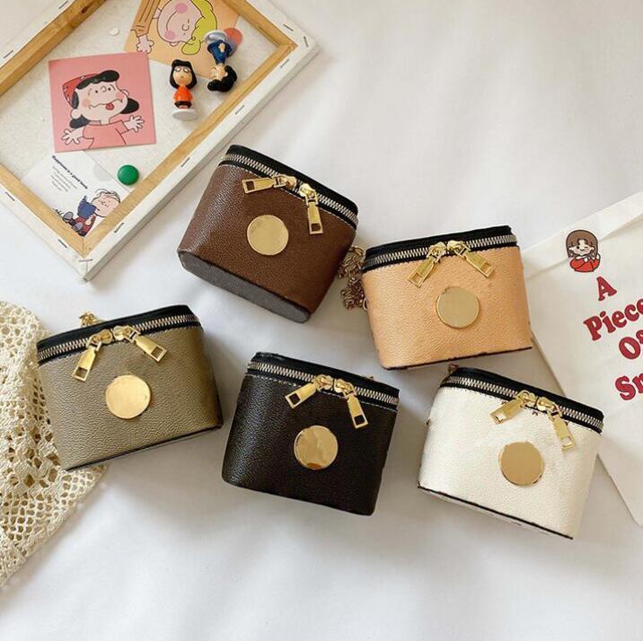 Luxurys Designer Cartoon Muster Mädchen Handtaschen Hohe Qualität Single Schulter Crossbody Messenger Mini Eimer Bags Briefe Mädchen ändern Geldbörse